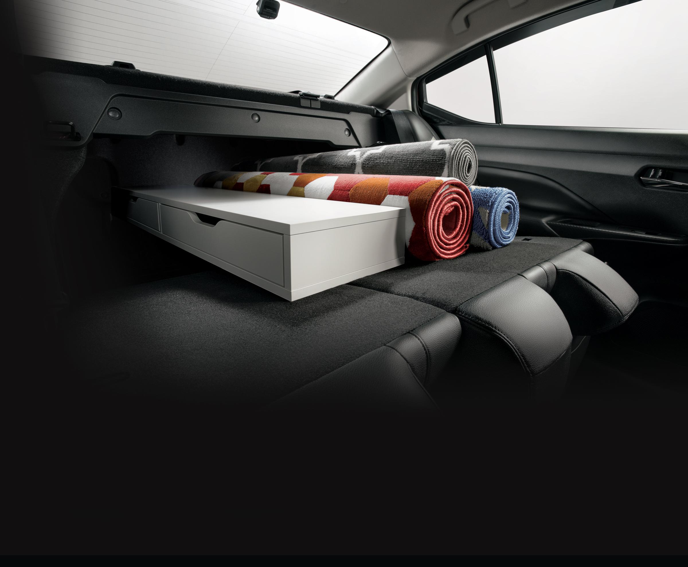 "08 Split Foldable Rear Seat<h3 class=""post-subtitle""></h3>"