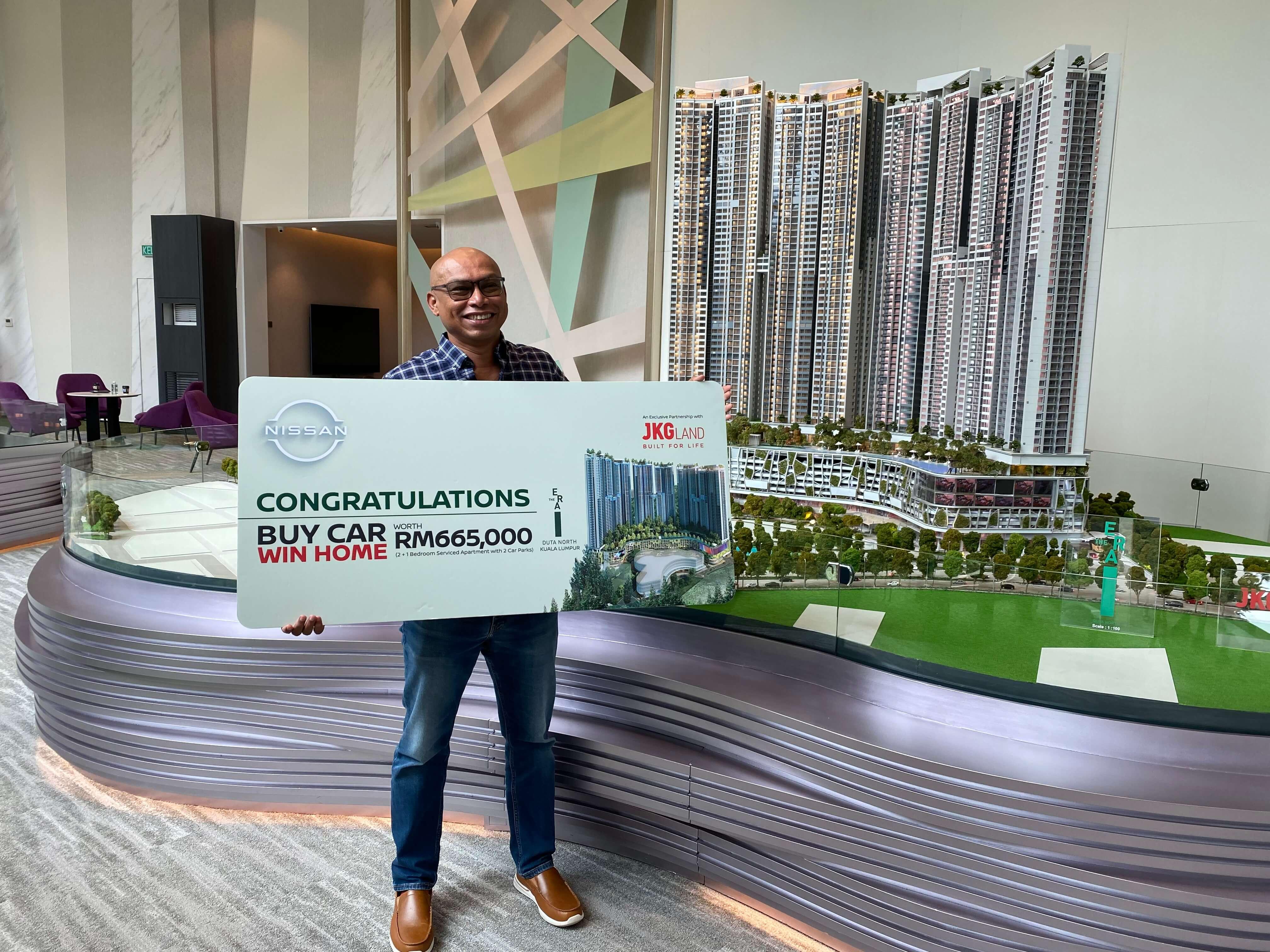 1. Prize winner Mr Balamurugan AL Suppiah